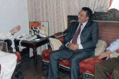 CM holds meeting with Dr. Anjum in Islamabad