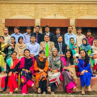 Karachi based students from Gilgit-Baltistan meet Chief Secretary Hotiana