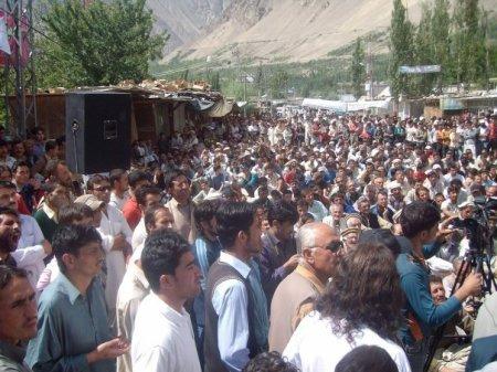 gilgitbaltistan-strike-police-killing