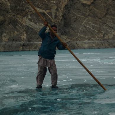 Passengers and boat operators playing with risk in Gojal Valley