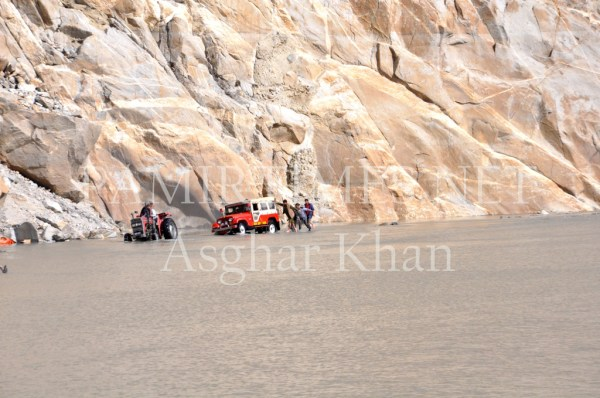 Thousands of commuters use the boats to move from Gojal to central Hunza