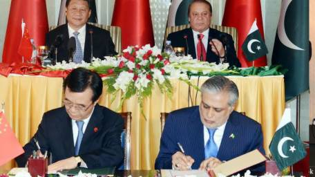 pak-china-sign-51-mous-1429541154-6311