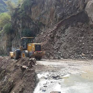 Karakoram Highway opened for traffic after 13 days