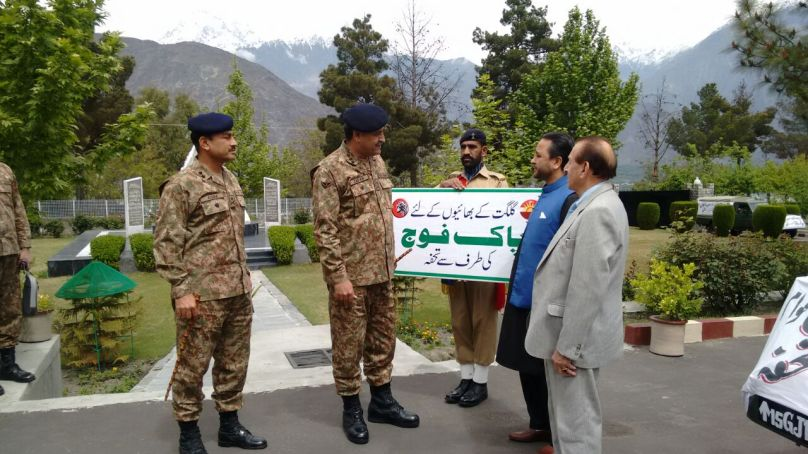 Pakistan Army donates relief items for people affected by disasters in Gilgit-Baltistan