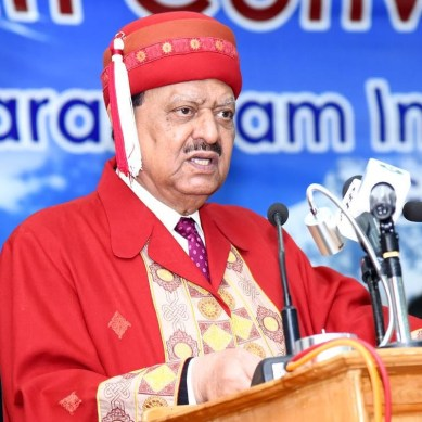 President Mamnoon urges youth to keep an eye on global changes, learn from heritage