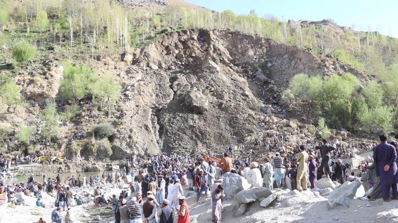 7 people buried by landslide in Phuguch village of Darel Valley