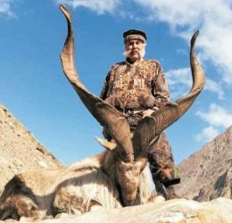 Another American hunted Markhor in Doyan valley of Astore district