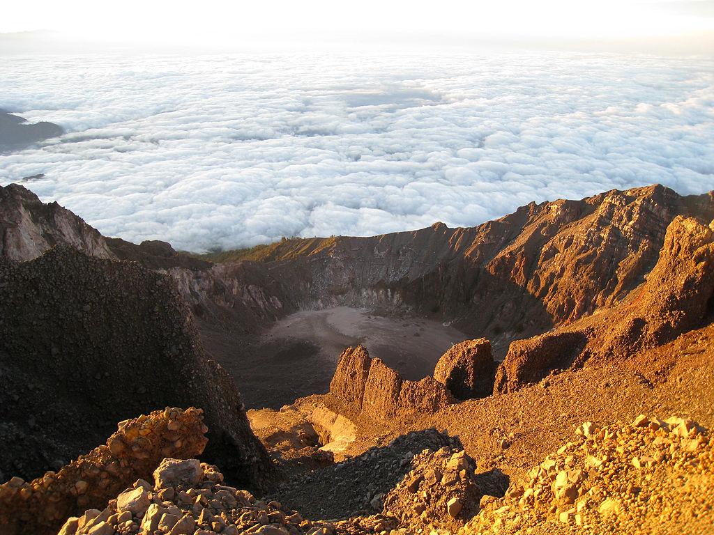 Rinjani Mount Summit