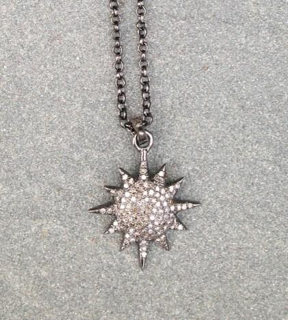 necklace_diamond_sunburst_print