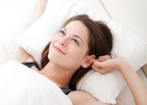 woman_bed_alarm_clock_h_645_450-300x214