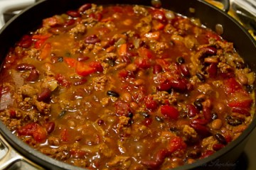 smoky stout chili cooking
