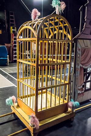 Nutcracker birdcage