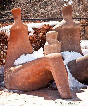 Nane Hotel statues