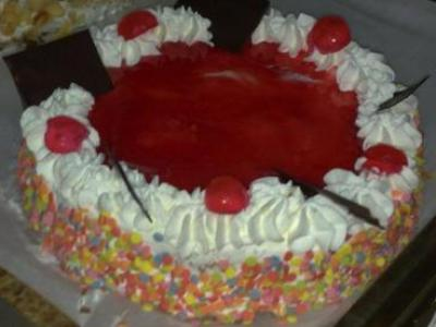 tarta_fresas_nata-sin_gluten-www.panaderiajmgarcia.com-panaderia-alicante