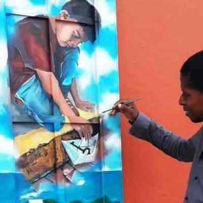 39 artistas participaron en The Casco Door Project 2019