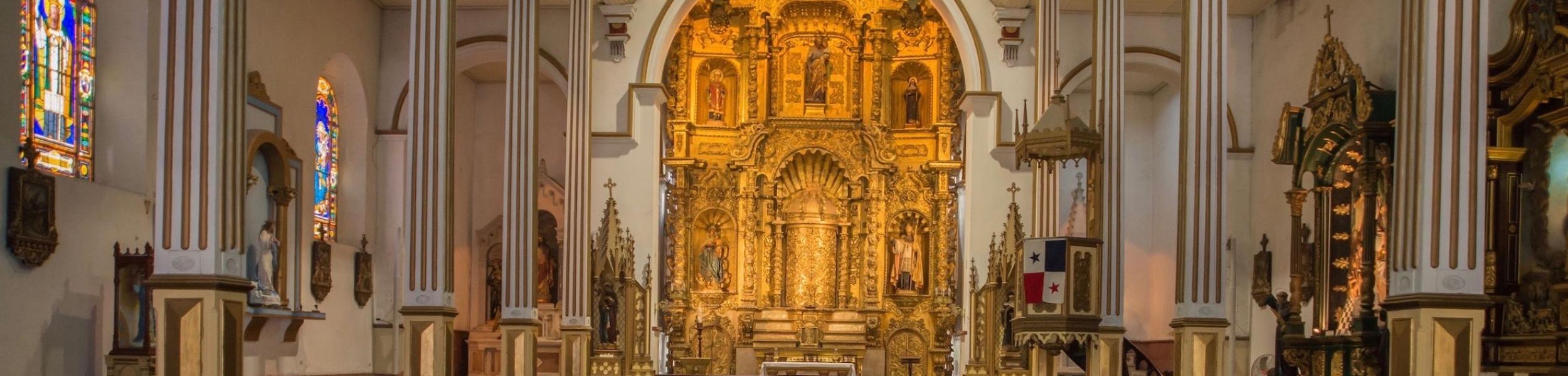 arco-chato-iglesia-church-casco-viejo-panama