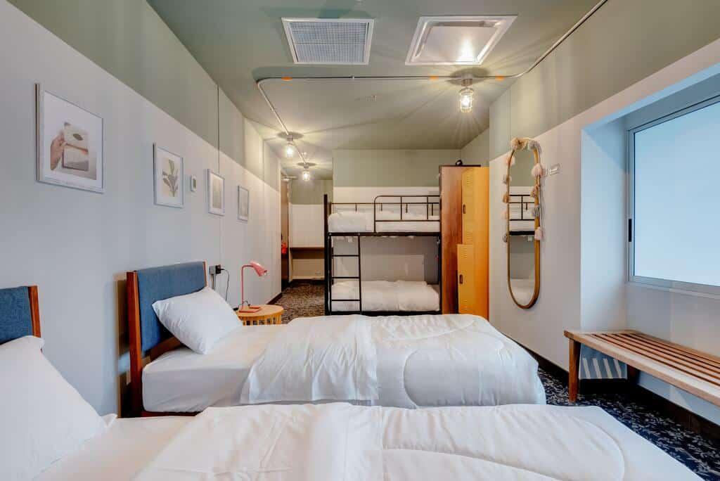 habitación para cuatro personas en selina casco viejo