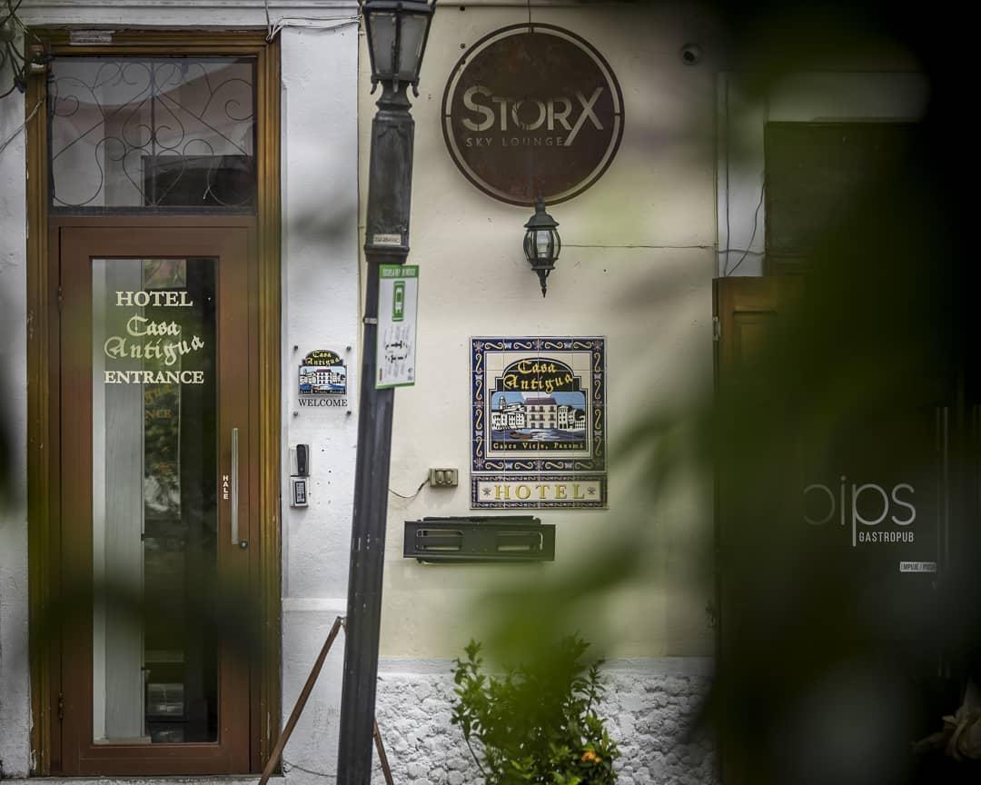 Entrance to Casa Antigua Hotel, StorX Sky Lounge and Pips Terrace Café & Gastro Pub