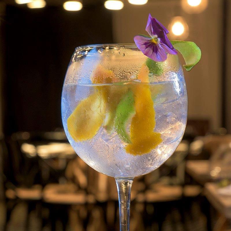Lazotea bar makes great cocktails!