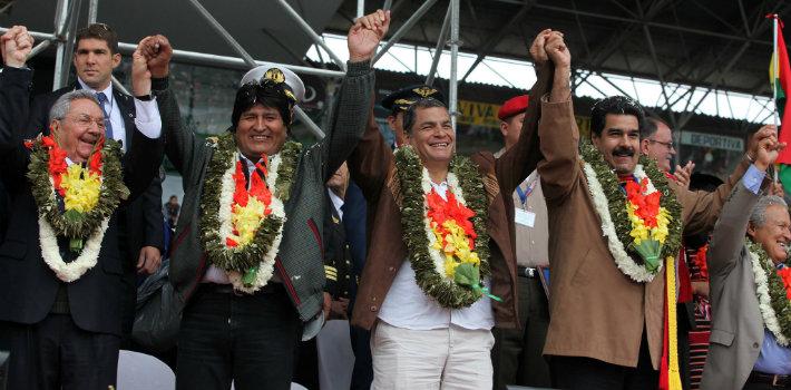 Democracy Latin America featured