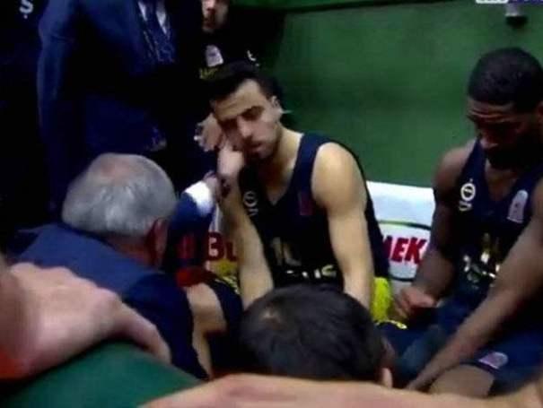 Απίστευτο: Ο Ομπράντοβιτς χαστούκισε τον Μαχμούτογλου(Vid) | panathinaikos24.gr