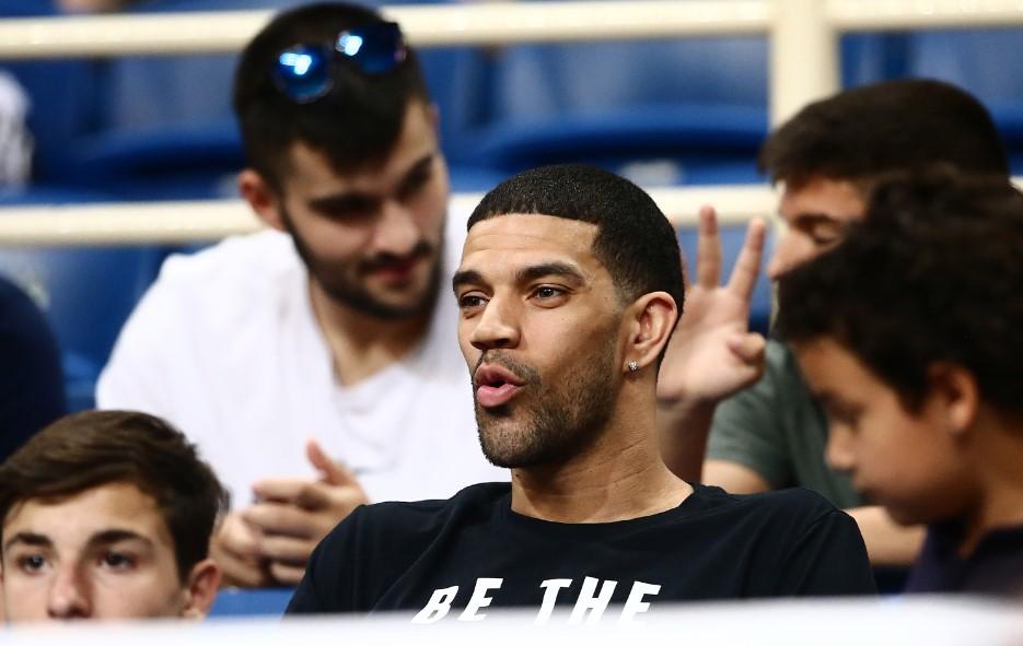 Στο ΟΑΚΑ ο Φελντέιν – Έστειλε ευχές για πράσινο πρωτάθλημα! | panathinaikos24.gr