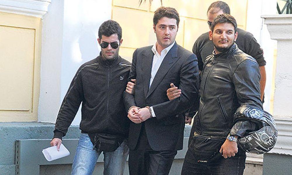 Συνελήφθη ο Άρης Φλώρος!   panathinaikos24.gr