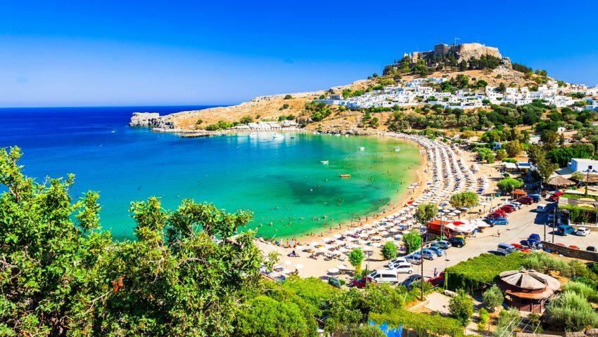 5 παραλίες που δεν βρίσκεις ξαπλώστρα ακόμα κι αν είσαι ο ιδιοκτήτης | panathinaikos24.gr
