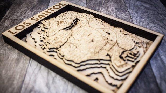 Εντυπωσιακή απεικόνιση του χάρτη του GTA V σε ξύλο | panathinaikos24.gr