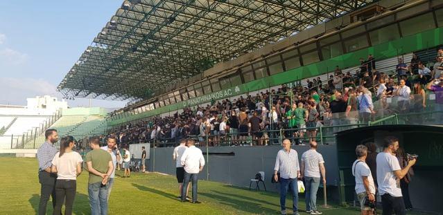 Συνθήματα για γήπεδο στη Λεωφόρο   panathinaikos24.gr