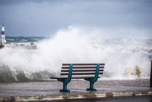 Επικίνδυνα φαινόμενα Σάββατο-Κυριακή: Ποιες περιοχές θα 'χουν καταιγίδες και χαλάζι το Δεκαπενταύγουστο | panathinaikos24.gr