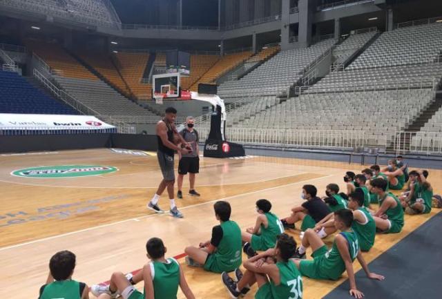 Με Αντετοκούνμπο η προπόνηση των ακαδημιών μπάσκετ | panathinaikos24.gr