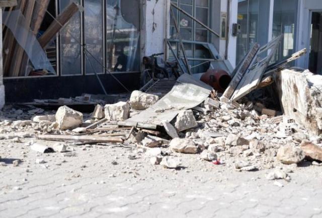 Σεισμός στη Σάμο: Τσουνάμι μπήκε μέσα στα σπίτια και στα μαγαζιά στο Καρλόβασι | panathinaikos24.gr