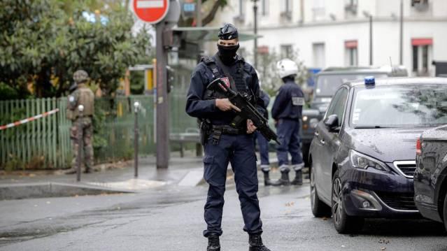 Τρόμος στη Νίκαια: Τρεις νεκροί, αποκεφαλίστηκε μια γυναίκα μέσα σε εκκλησία! | panathinaikos24.gr