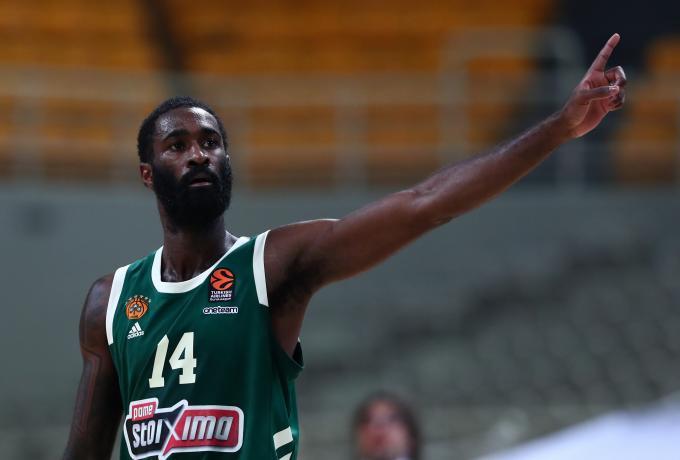 Αποχώρησε με μυϊκό σπασμό στη μέση ο Σαντ Ρος   panathinaikos24.gr