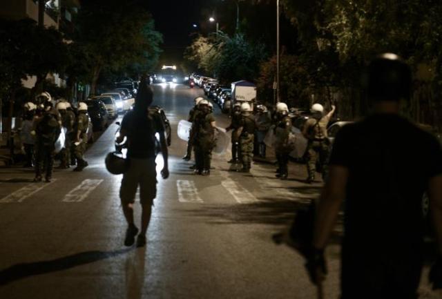 Γαλάτσι: Καταγγελίες για υπέρμετρη αστυνομική βία – Χτύπησαν 5χρονο με γκλοπ (vid) | panathinaikos24.gr