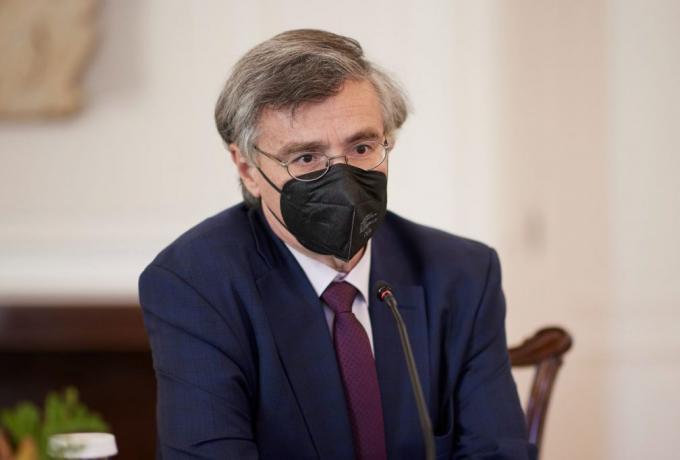 Μεγάλη έρευνα Τσιόδρα: Αυτοί κινδυνεύουν περισσότερο από θρόμβωση μετά το εμβόλιο | panathinaikos24.gr
