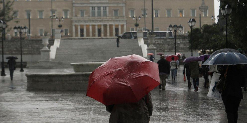 Έπεσαν μάρμαρα στη Βουλή λόγω της κακοκαιρίας! | panathinaikos24.gr
