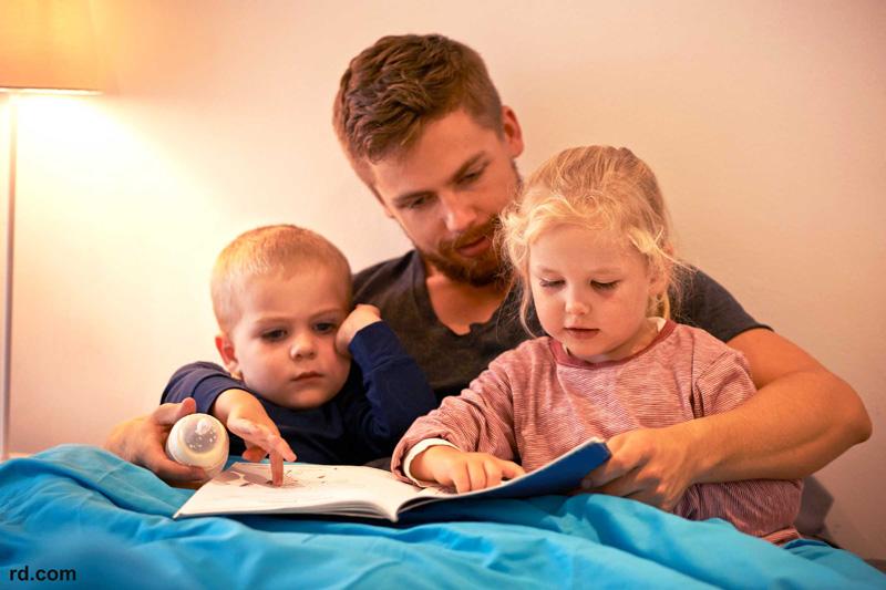 چگونه علاقه به مطالعه را در فرزندانمان ایجاد کنیم؟