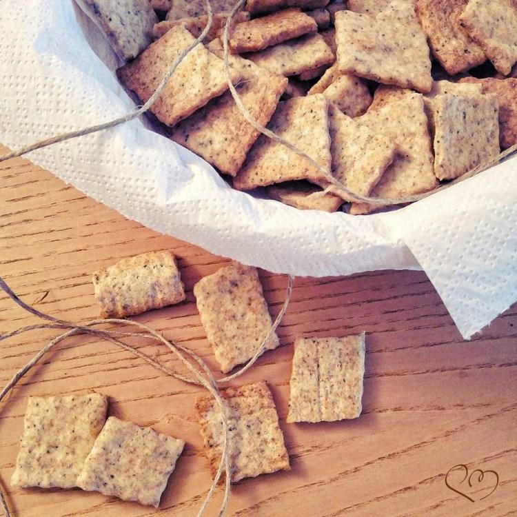 Cracker integrali con esubero di licoli