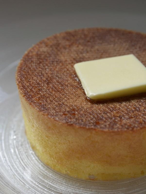 大阪雪ノ下・発酵バターとみかんハチミツのパンケーキ