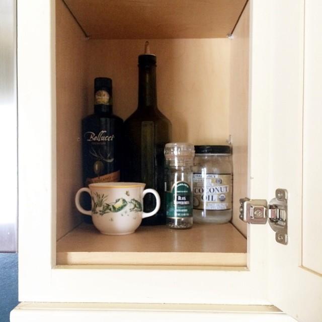 Salt cabinet