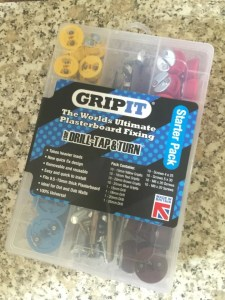 plasterboard fixings: starter pack
