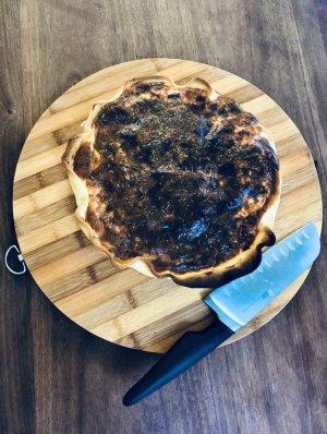 une planche ronde très utile en cuisine