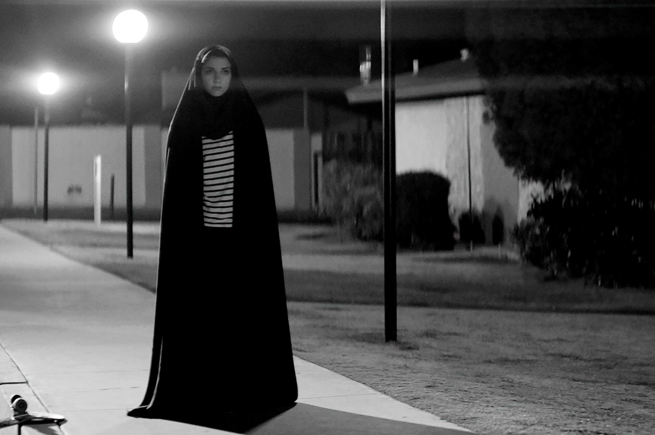 Crítica / MOTELx | A Girl Walks Home Alone at Night (2014)
