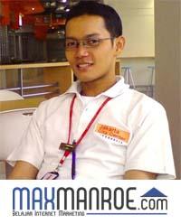 Marikxon Manurung Maxmanroe
