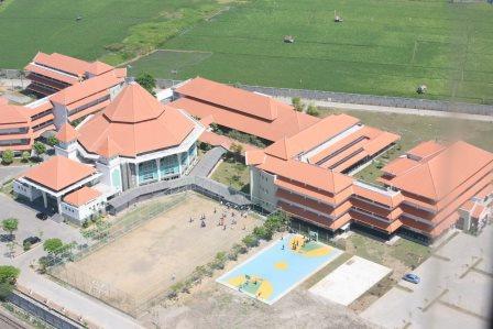 SMP SMA Swasta Terbaik di Surabaya