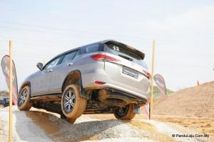 Toyota Fortuner Baharu_Pandulajudotcomdotmy (5)