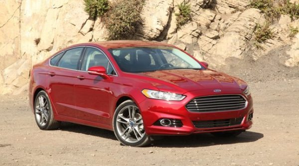https://www.autoguide.com/images/content/2013-Ford-Fusion-main_rdax_646x396.jpg