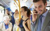 penumpang-bas-berdiri